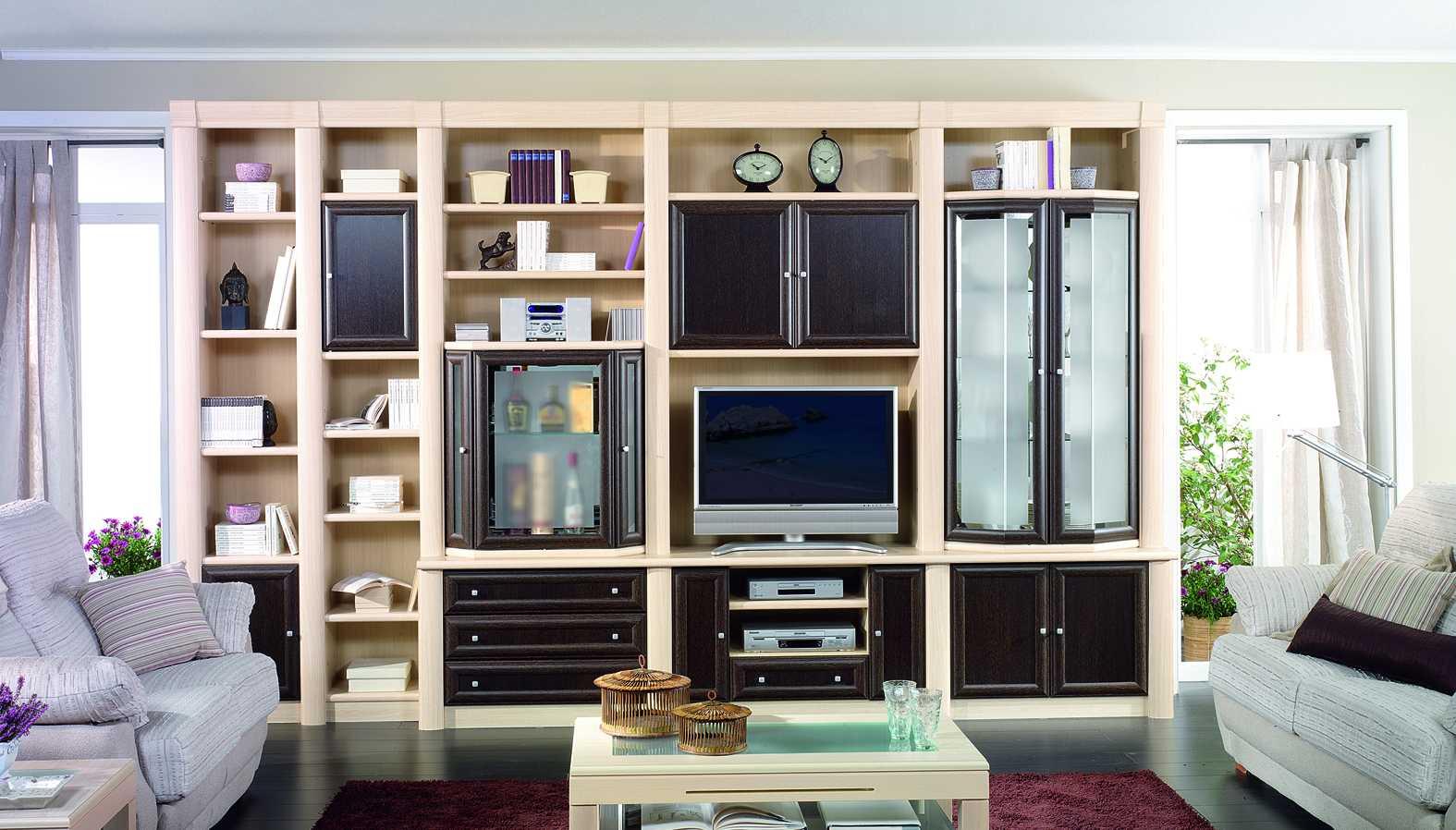 Semimural 16 muebles san miguel for Librerias clasicas para salon