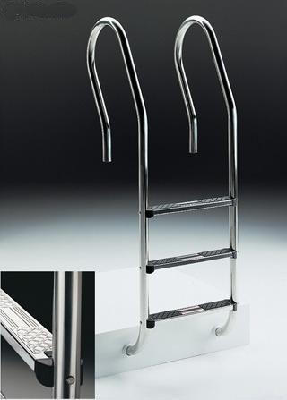 Escalera modelo Mixto en acero AISI-304