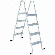 Gama de escaleras para piscinas elevadas