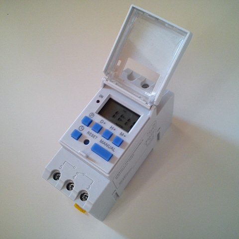 Digital timer 48V for solar systems