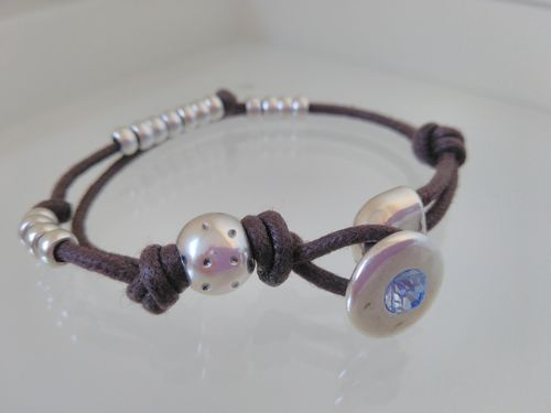 ZAMAK AND LEATHER  BEADS BRACELET