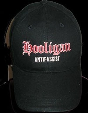 Gorra bordada Hooligan antifascist
