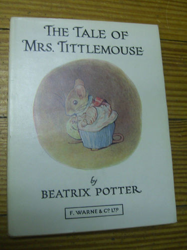 LIVRE Beatrix potter The tale of Mrs Tittlemouse n°11 1973