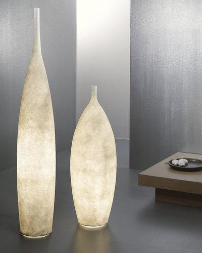 Lámpara decorativa tipo ánfora