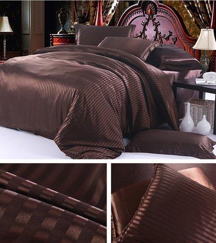 Juego de cama de seda Marrón