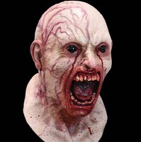 Lire tout le message: Halloween has come early - Horror masks selling fast