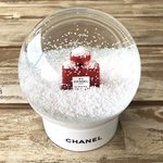 Chanel snowglobe No.5 red edition rare