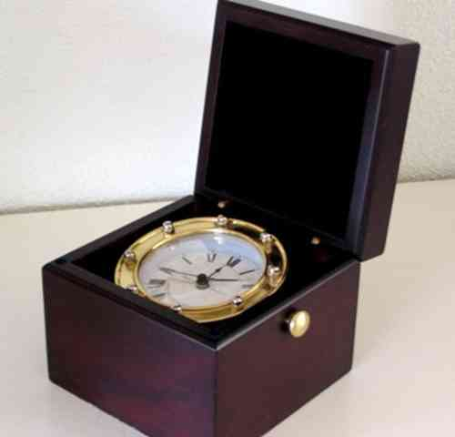 AM Klok chronometer