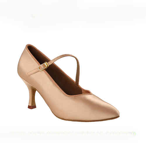 138 Ladies Standard Shoe