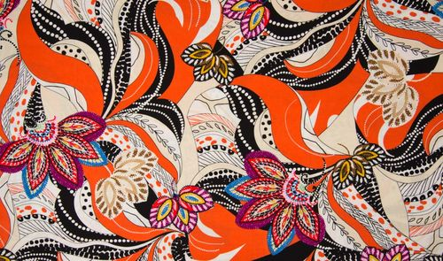 Viscose print Black orange 12