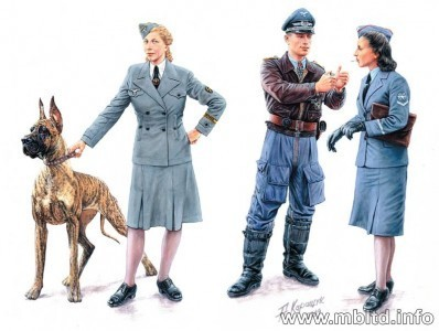 "'Woman at War"" Germany, Luftwaffe Helferinnen 1/35"